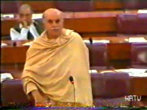 Mehmood khan achakzai on terrorism in parliment2.flv